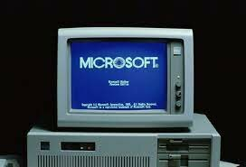 Microsoft presenta el sistema operativo Windows 1.0.