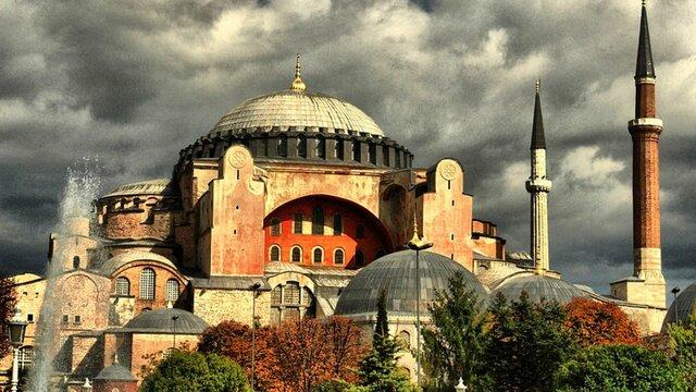 Η Αγιά Σοφιά γίνεται τζαμί για δεύτερη φορά