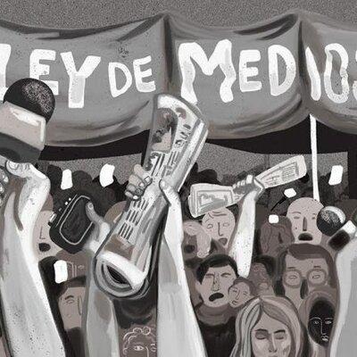 Ley de medios en Argentina - Julieta Berra, Juan Cruz Bustuobad, Milena Hoyos, Vera Kunca Zaccagnini, Matias Marano y Camila Lopez timeline