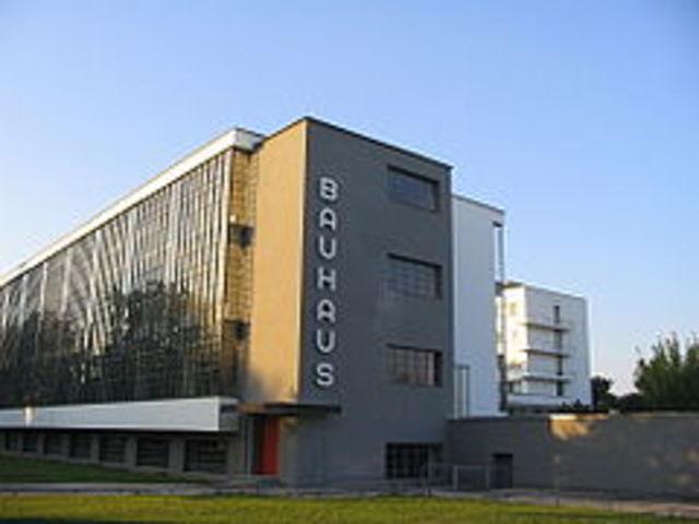 Teoría y Cursos de la Bauhaus