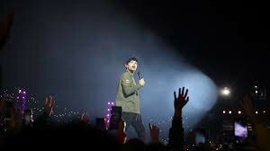 Louis performs at the CCME