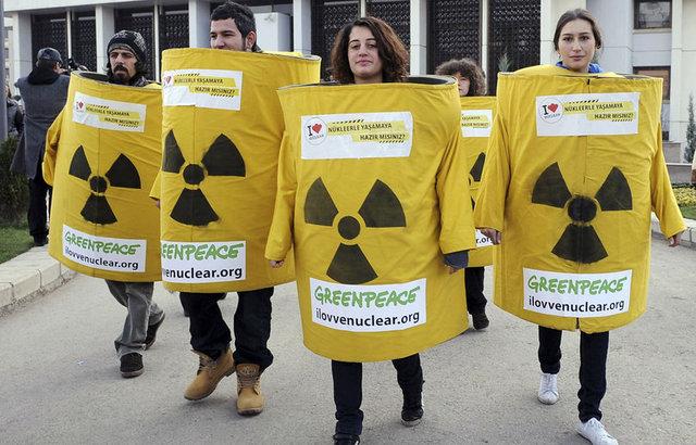 Première action de Greenpeace