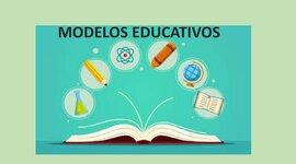 Modelos educativos implementados en México, de acuerdo al SEM. timeline
