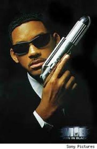 """A year later, he brought the same sense of style to """"Men In Black. It was another huge blockbuster, and as it turned out, all part of Will Smith's plan."""