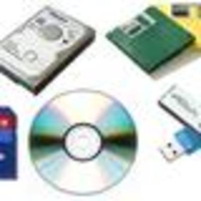 Evolución de los dispositivos de almacenamiento físico timeline