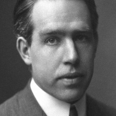 Niels Bohr (1885-1962) timeline