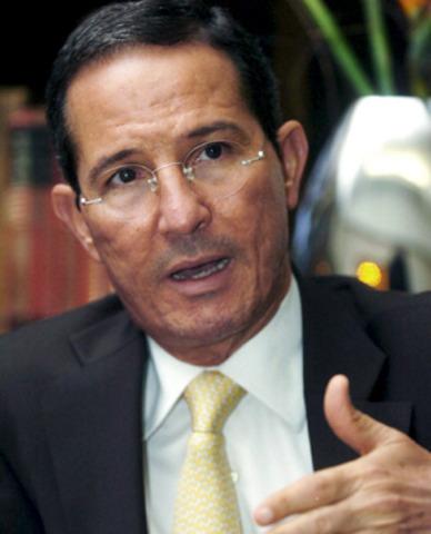 Fernando Araújo Perdomo escapa de sus captores