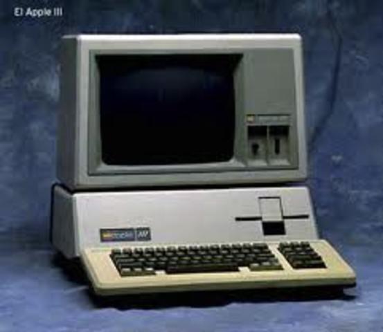 Apple presenta el Apple III.