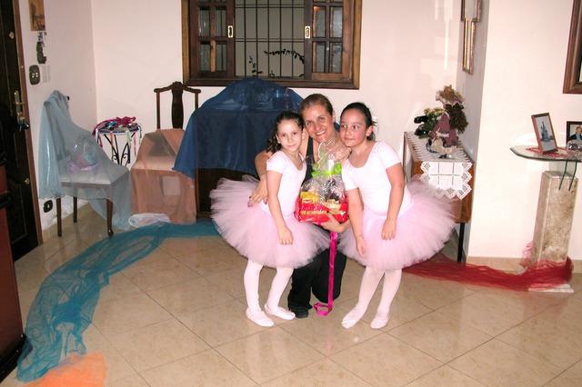 Primeira apresentação de ballet de Carol