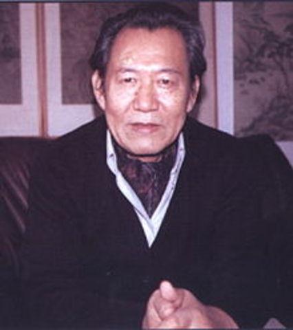 Isang Yun born