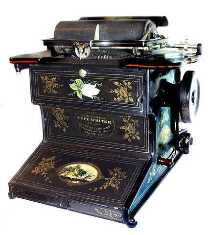 Maquina de Escrever 1714