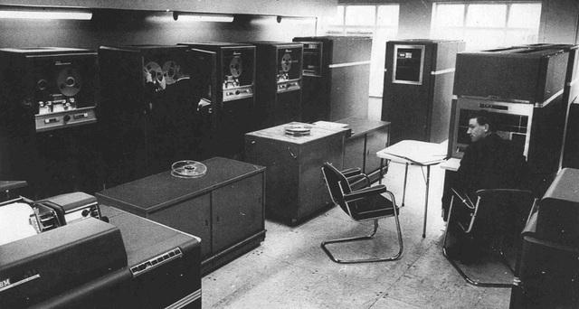 La primera computadora escala industrial