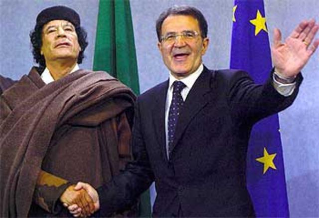 Romano Prodi recibe a Gaddafi en Bruselas