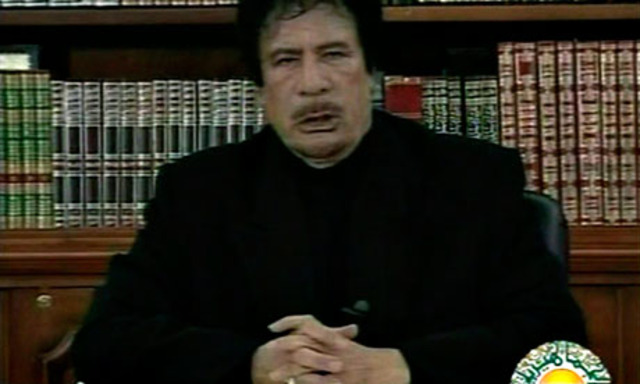 Gaddafi condena las revueltas de Túnez