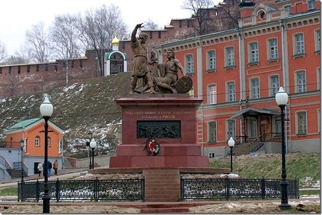 Установка копии памятника работы Мартоса