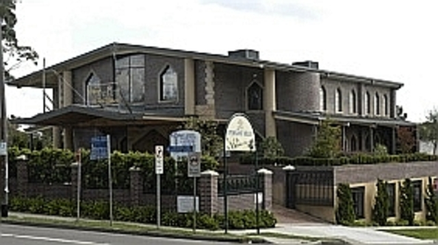 Paul VI establishes Maronite diocese in Australia. International Eucharistic Congress Melbourne.