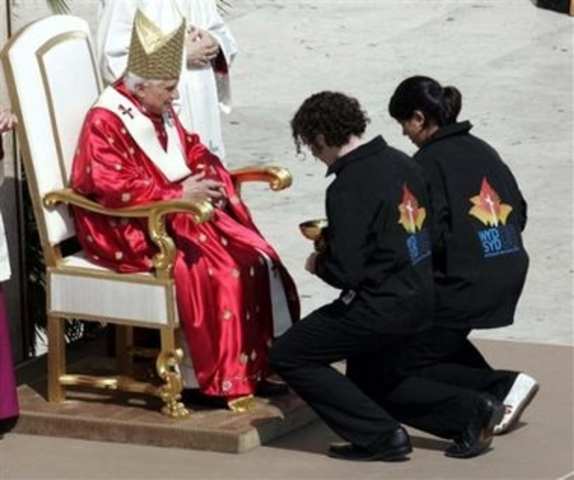 Pope Benedict XVI participates in Sydney Australia in the World Youth Day and announces Spain as the country to host the next one.