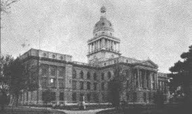 Lincoln replaced Omaha as the state capitol