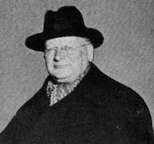 Litvinov negotiate with the Western Powers