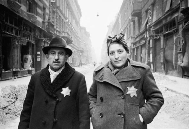jews` Yellow stars