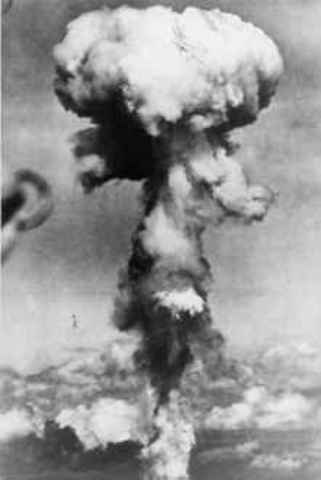 Atomic bobms of Hiroshima and Nagasaki