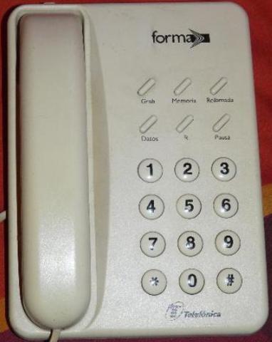 Segundo teléfono que entró en mi casa, fue el modelo domo-mano.