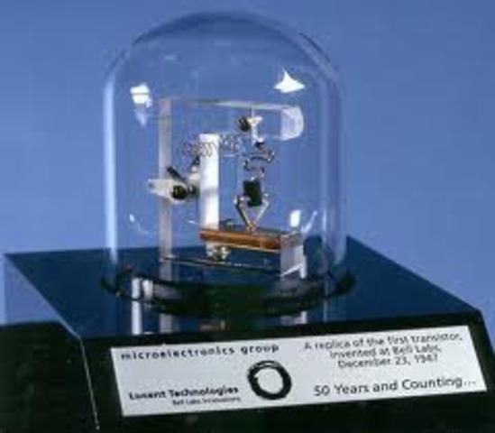 Se inventa el Transistor