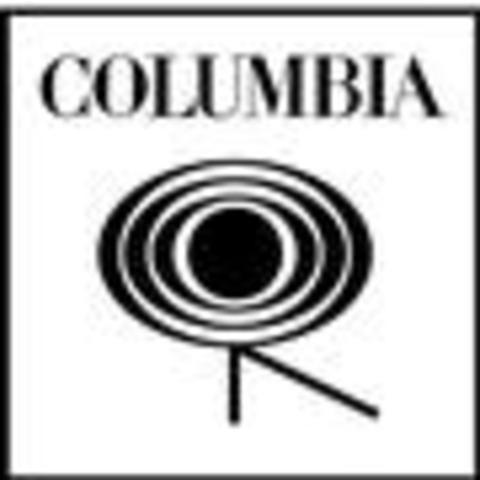 Contrato para su Primer Disco con Coluimbia Records