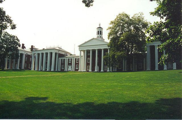 Lee becomes president of Washington University