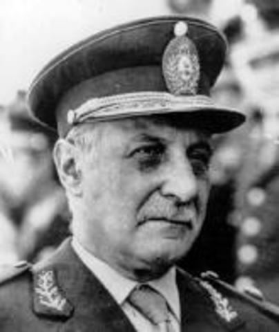 Roberto E. Viola
