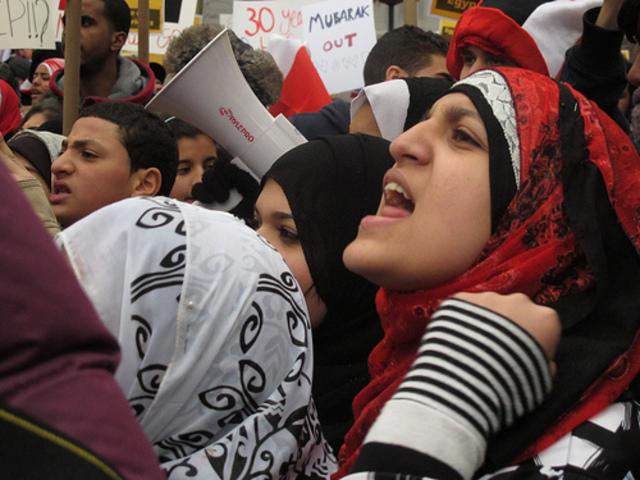 Mubarak avgår