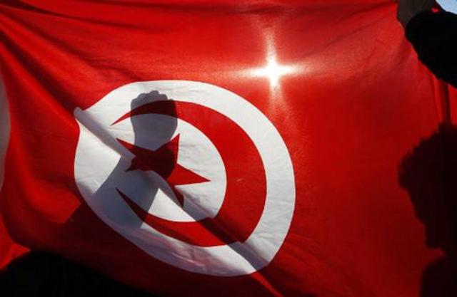 Jasminupproret startar i Tunisien