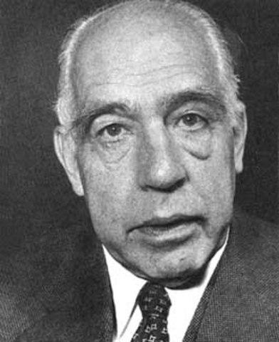Niels Bohr dies.