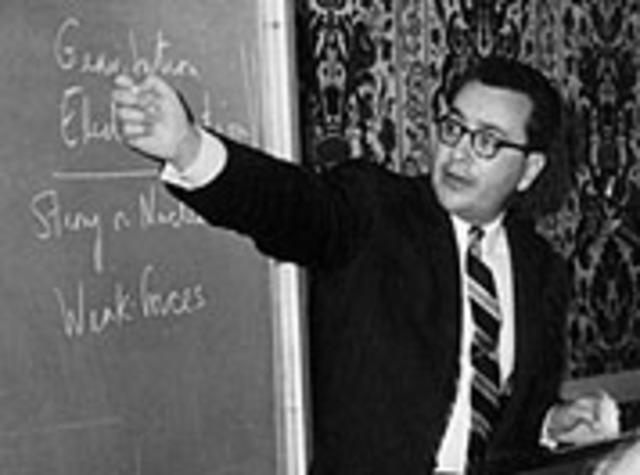 Murray Gell-Mann is born.