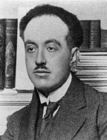 Louis De Broglie is born.