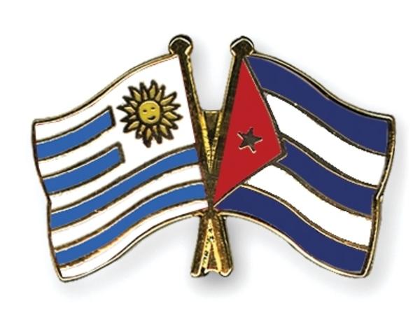"""Ruptura de relaciones con Cuba. Reunión de la Convención Nacional deTrabajadores, que decide mantenerse en funcionamiento como organismo coordinadorsindical y convocar a un """"Congreso del Pueblo""""."""