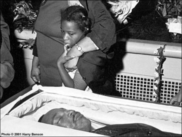 MLK dies