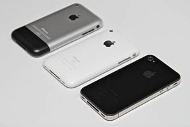 Apple lança IPhone