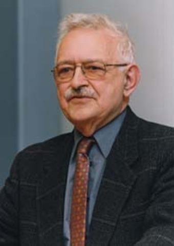 Emanual Wallerstein - The decline of American power