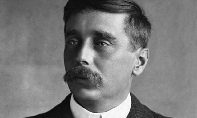 H.G. Wells writes with Darwinistic characteristics