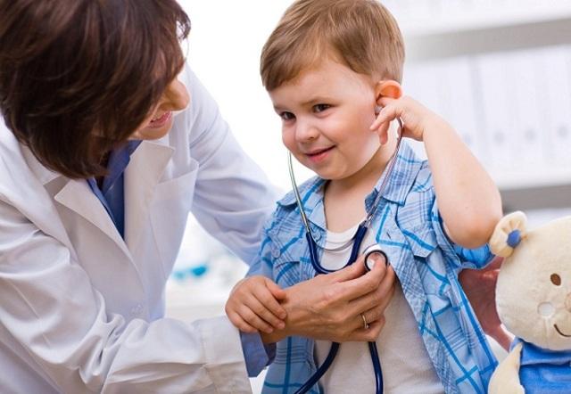 Medicos,enfermeros y otros profesionales del hospital.