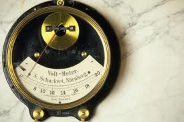 The First Electric Battery