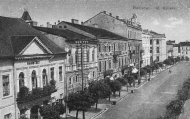 All Jews in Sosnowiec are forced into Ghettos