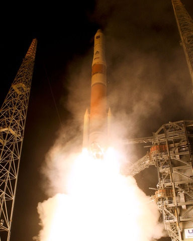First IIF GPS launched into orbit
