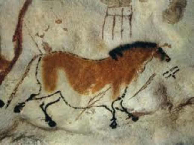 Stone Age Cave Paintings are Discovered in Lascaux, France
