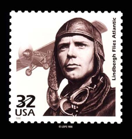 Lindbergh flies the Atlantic solo