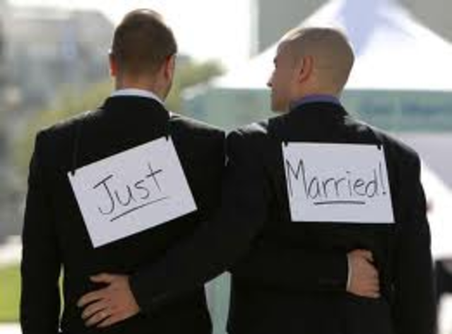 Massachusetts allows Same-sex Marriage