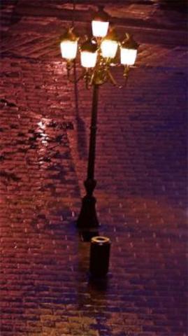 Luz eléctrica en las calles