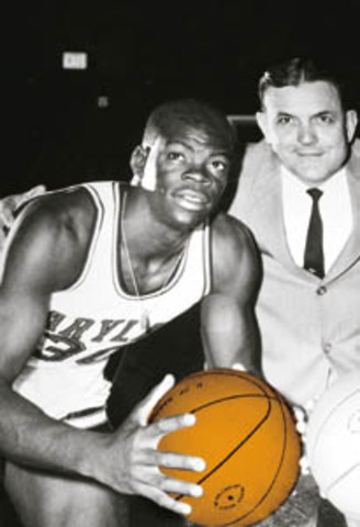 The first black people to play professional basketball