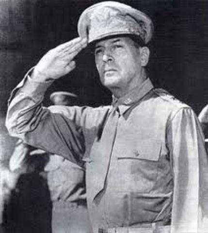 Gen. MacArthur wants to use Nukes in Korea